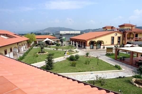 Parmenide un agriturismo in provincia di salerno campania italia - Agriturismo in campania con piscina ...