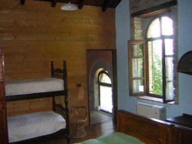 Terra antica un agriturismo a borgo val di taro for Piani di una camera per gli ospiti
