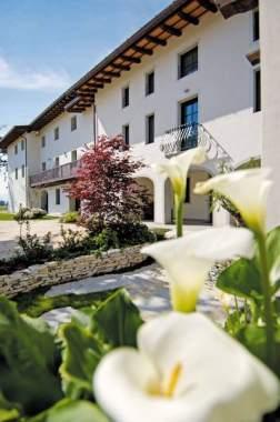 Mobili Rustici Friuli Venezia Giulia.Il Bosco Di Arichis Un Agriturismo In Provincia Di Pordenone