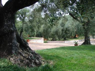 I giardini di margius a country house in the province of - I giardini di alice latina lt ...