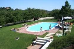 Serena un agriturismo in provincia di verona - Agriturismo bardolino con piscina ...